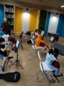 5 Steps Academy - Guitar Class